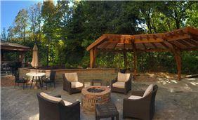 Staybridge Suites Columbia Hotel, Missouri - Outdoor Patio