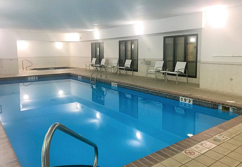Pool at Staybridge Suites Columbia Hotel, Missouri
