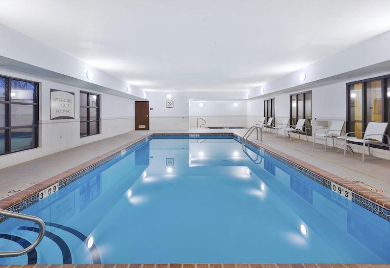 Suite Rooms at Staybridge Suites Columbia Hotel, Missouri