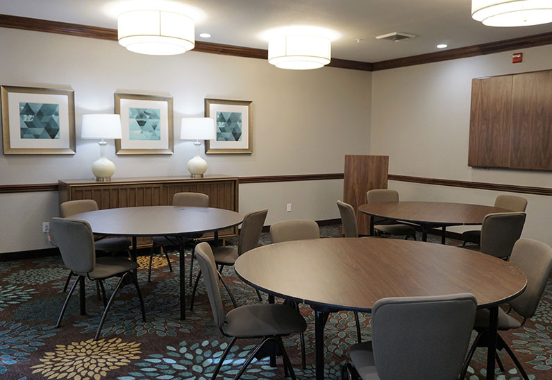 Staybridge Suites Columbia Hotel, Missouri Breakfast Area