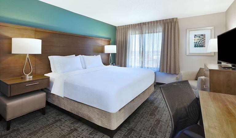 Staybridge Suites Columbia Hotel, Missouri Standard King Room With Kitchen Non-smoking